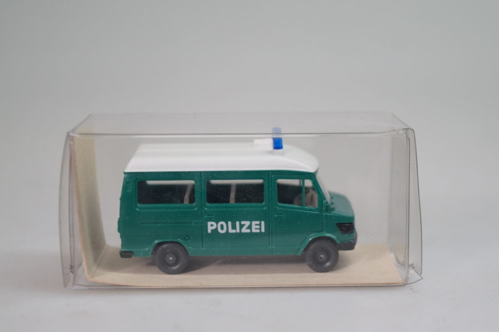 top//ovp Wiking 104 35 33 VW TOURAN /'Polizei/'