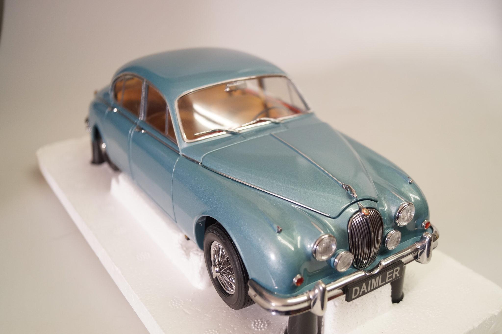 1 18 Paragon 1962 Jaguar Mk2 3 8 Opalescent Blue Top Ovp